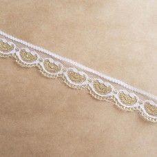 Кружевная лента белая с золотом 2,2 см